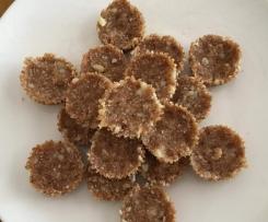 Jersey caramel & macadamia treats
