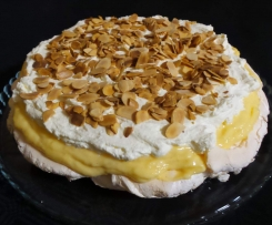 Hunters version of Nigella's Master Chef Lemon Pavlova