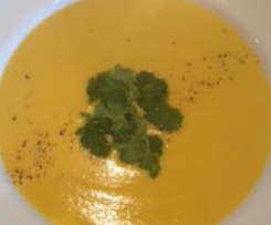 Low fat, creamy Pumpkin & coconut soup