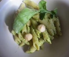 Rocket and Macadamia Pesto Pasta