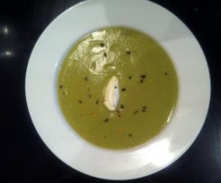 Clone of BROCCOLI & LEEK SOUP