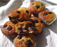 Lemon and Blueberry muffins (adapted from Belinda Jeffrey)