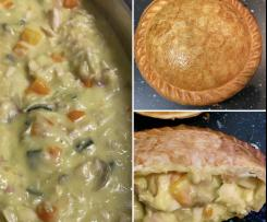 Creamy chicken, bacon, mushroom & veggie pie filling
