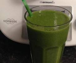 Delicious healthy green juice