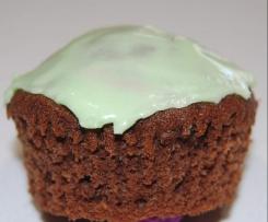 Tracy's Chocolate Fudge Cake/Cupcakes