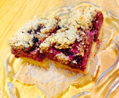 Pear and Blackberry Crumble Slice