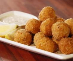 Carrot Falafels with Yoghurt and Tahini Dipping Sauce (from Everyday Gourmet with Justine Schofield)