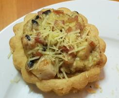 Creamy Chicken, Bacon and Mushroom Vol au Vents