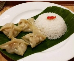 Steamed Pork and Chicken Dumplings