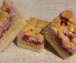 Easy Raspberry and White Chocolate Shortbread