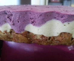 Cashew & Blueberry Cheesecake