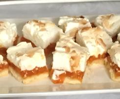Apricot meringue slice