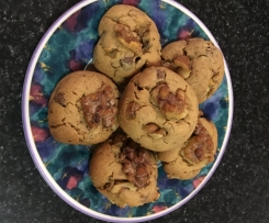 Awesome Choc Walnut Cookies