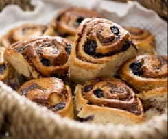 Cinnamon blueberry scrolls