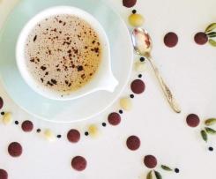 Spiced Carob & Macadamia Milk