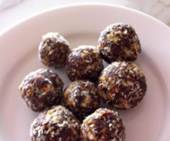Date and Nut Balls