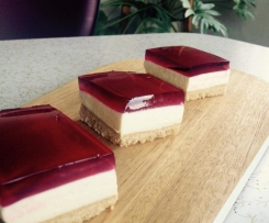 Raspberry Jelly  & Lemon Cheesecake Slice