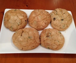 White Chocolate and Pistachio Biscuits (GF)