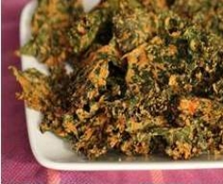 Cheesy Kale chips (vegetarian)