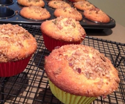Pecan and pepita crumble cupcakes