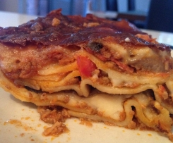 Lasagne with marinated eggplant and red wine