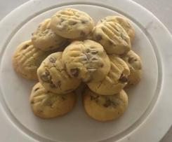 Nan's Choc Chip Biscuits