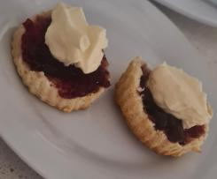 Easy Peasy Creamy Scones