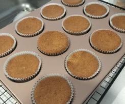 Fluffy Vanilla Cupcakes (Gluten Free)