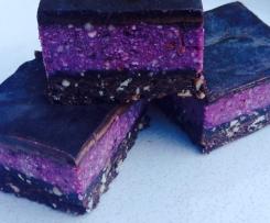Raw Chocolate & Berry Slice