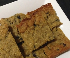 Oats, sultanas and golden syrup slice