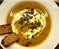 Ghoulishly Good Pumpkin Soup