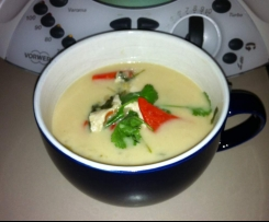 Tom Kha Gai - a Thai chicken and coconut milk soup (Paleo)