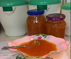 Apricot and Brandy Jam (seriously delicious)