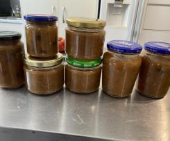 Spicy Pear Chutney