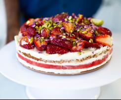 Strawberry and watermelon cake with vanilla cream (recipe by Nico Moretti)