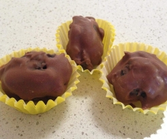 CHOCOLATE AND SULTANA EASTER EGGS