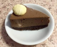 Chilli chocolate cheesecake with white chocolate mousse