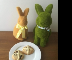 Hot Cross Bun Shortbread
