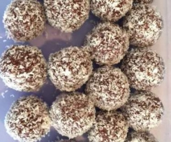 Nut Free Dried Fruit Bliss Balls