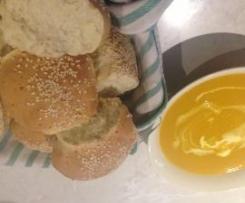 Quick Parmesan Spelt Bread Rolls