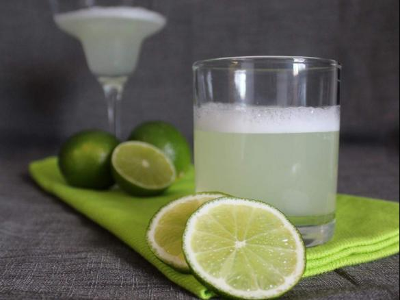 Pisco sour by thermomix in australia a thermomix recipe in the category drinks on www - Pisco sour ingredientes ...