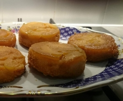 Mini upside down apricot cakes