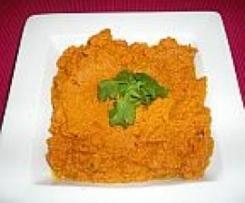 Gazar Bi Kamon (Moroccan Carrot Dip)