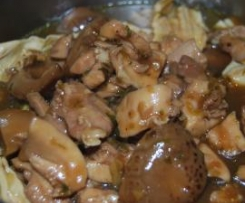 'claypot' chicken, mushroom & fu chuk