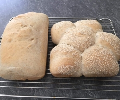 Kel'z wholemeal/white bread and rolls