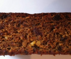 Healthy Banana, carrot and nut cake