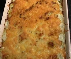 Low carb cauliflower cheese bake