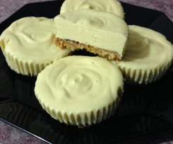 Mini Frozen Lemon Cheesecakes