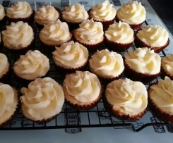Awesome white chocolate mud cupcakes