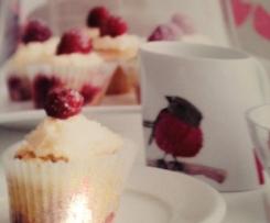 Semolina Berry Cupcakes